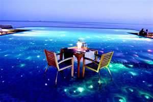 LES PIEDS DANS L'EAU EVENTVIPSECURITE MALDIVES